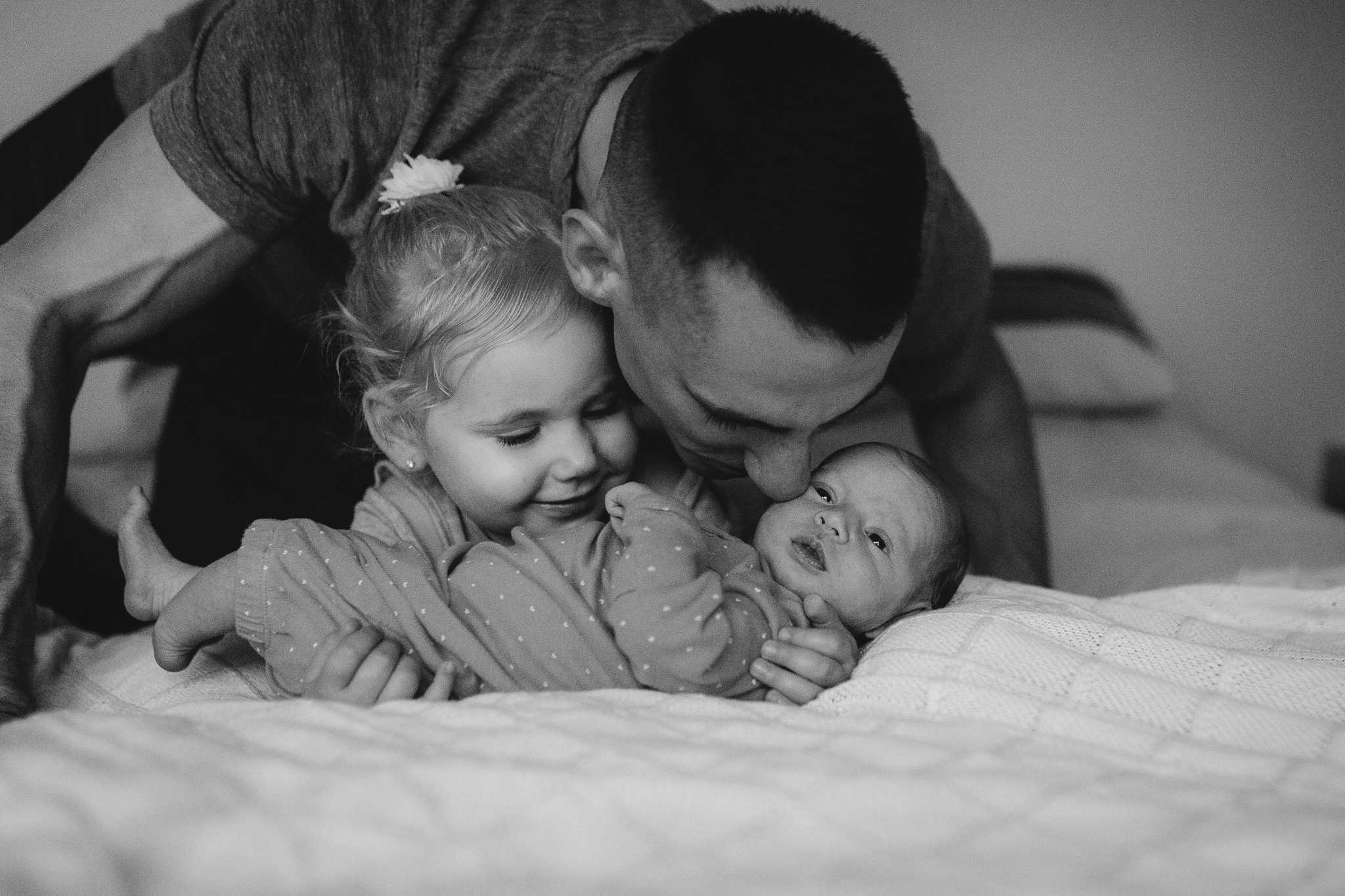 black  and white father daughters siblings sisters newborn baby girl lifestyle documentary family Leesburg Loudoun Virginia Marti Austin Photography