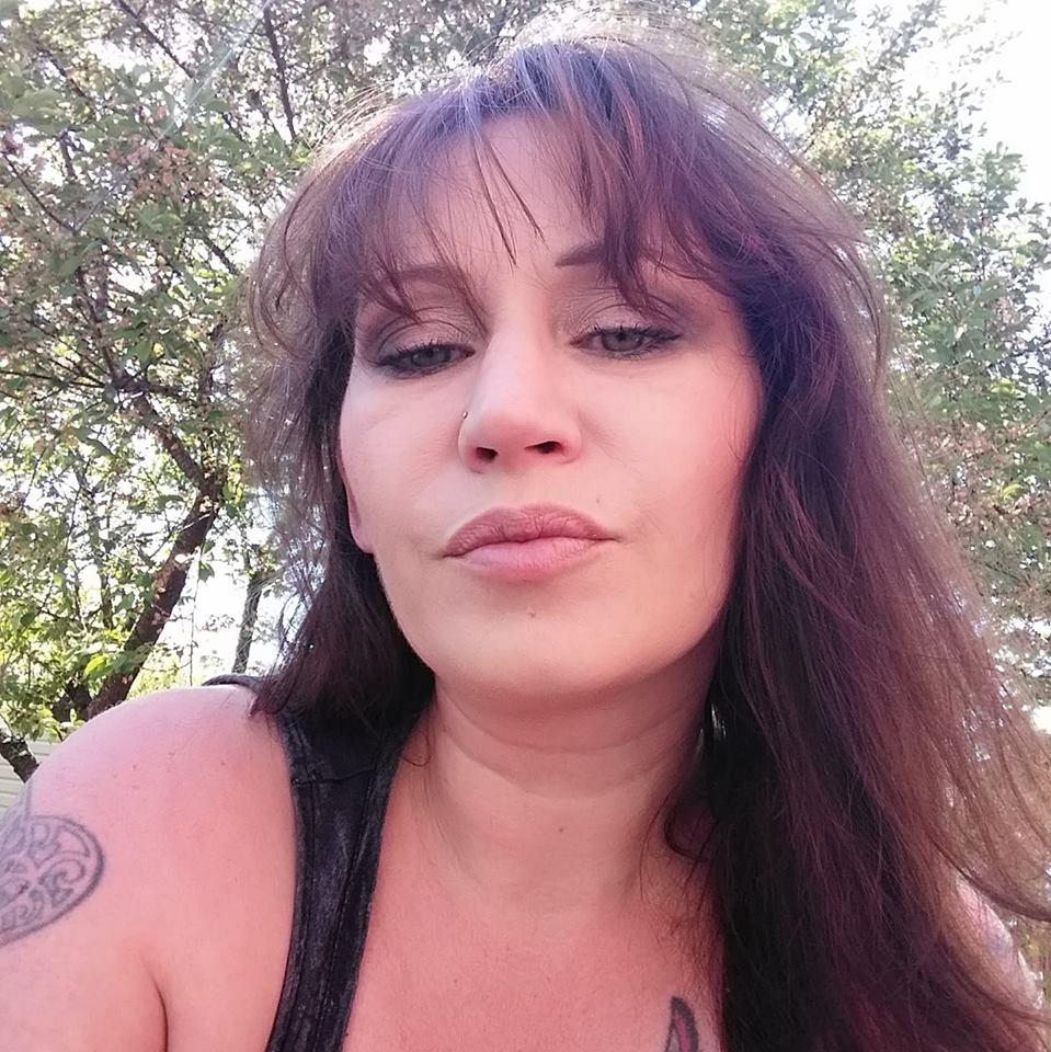Liz Manzolini