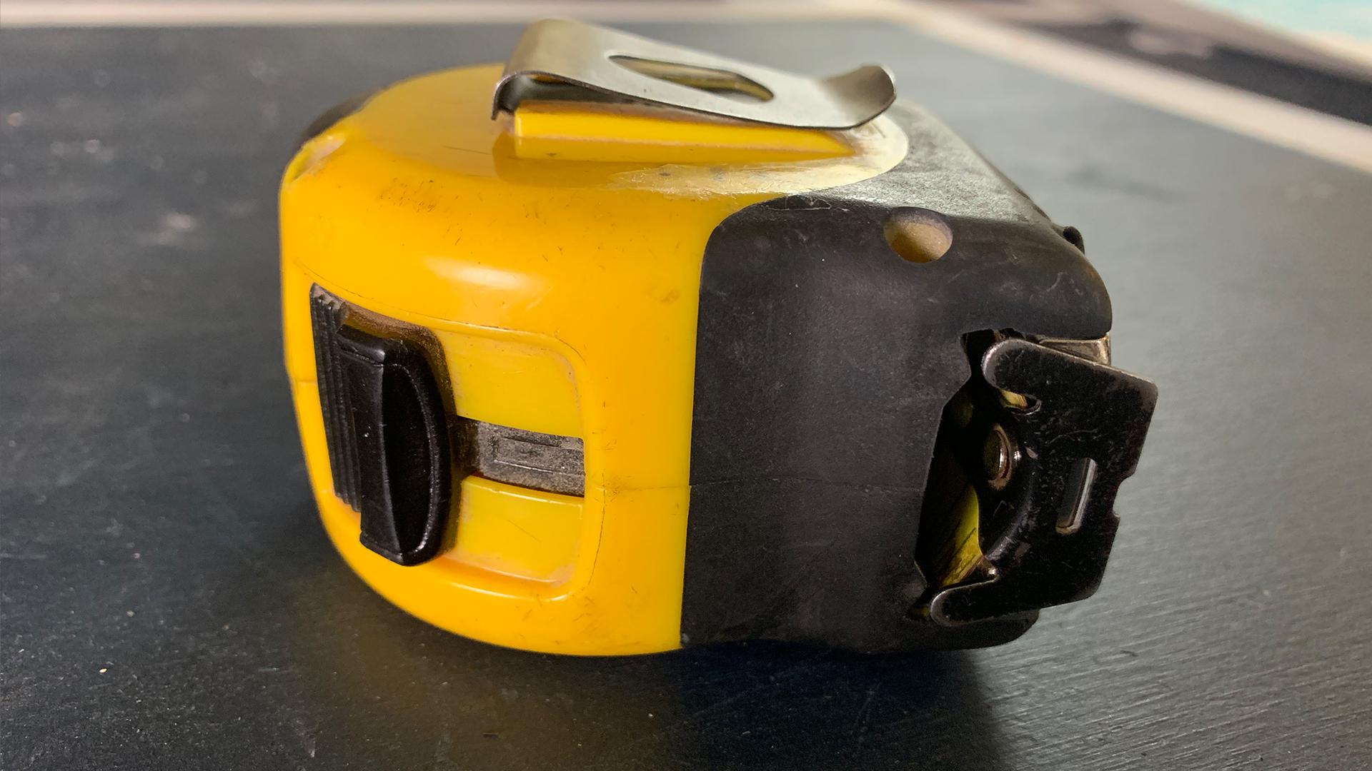 stanley-fatmax-25ft-tapemeasure-lock
