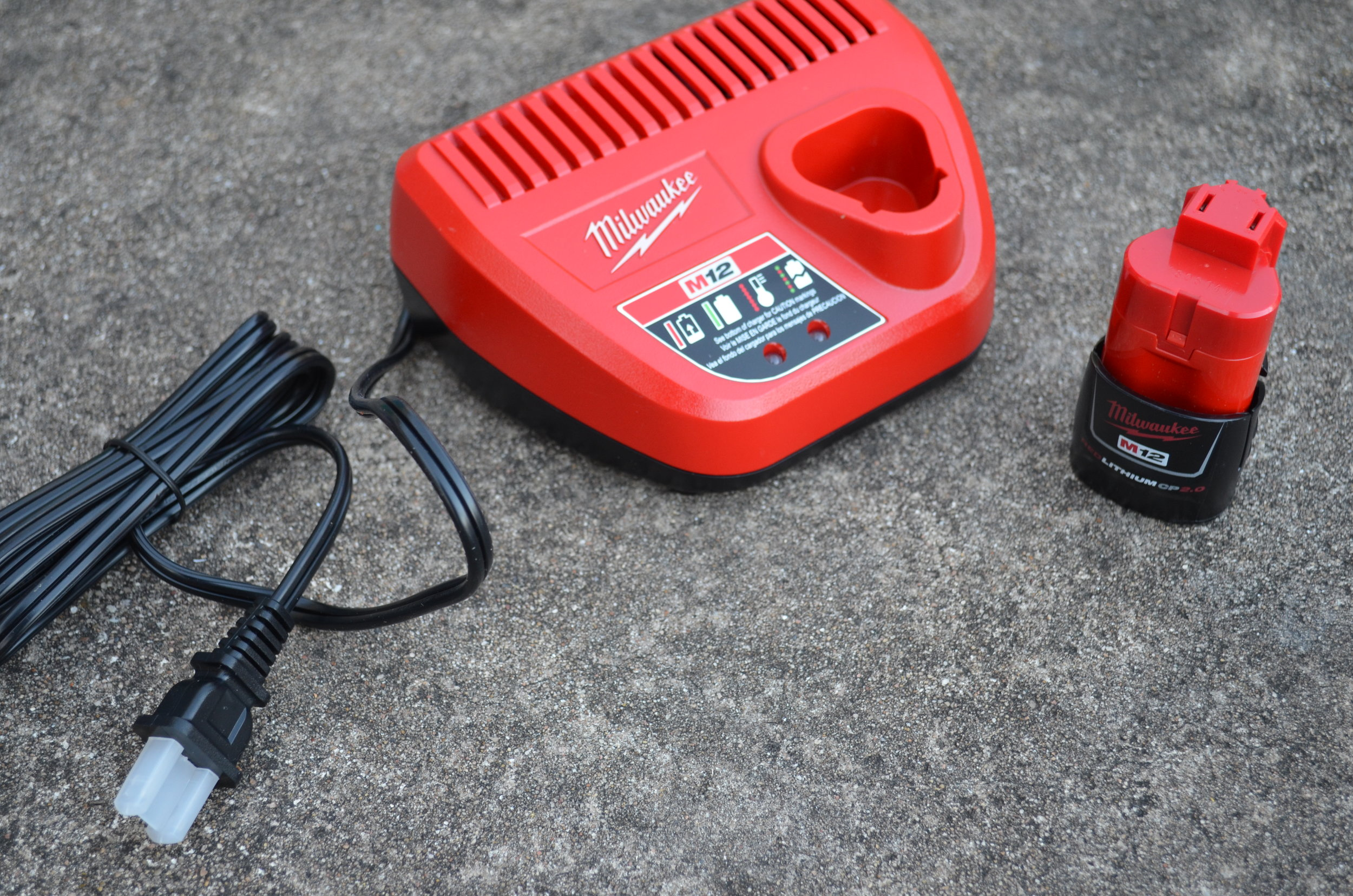 milwaukee-m12-battery-and-charger