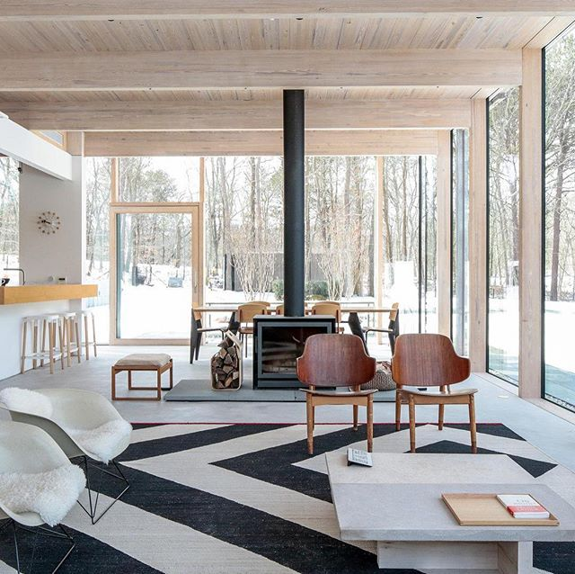 """Proud to share the house I designed in Amagansett. """"A Beach House for a Modern Family"""" featured in The New York Times: """"Instead of doing any bold, formal move or loud, ostentatious design, I'd rather be very simple and quiet,"""" Mr. Engelking said, reducing the house """"to the bare structural minimum."""" @nytimes with text by Tim McKeough and photos by @strifflerphoto #Modern #Contemporary #Architecture #Design #NewYork"""
