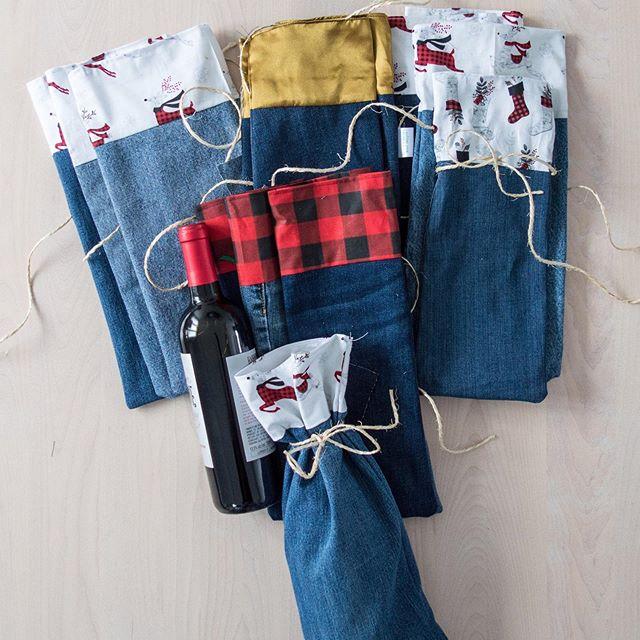 😧des sacs cadeaux fait de jeans recyclé...l'emballage parfait pour vos cadeaux des Fêtes ! Wine gift bags made of recycled jeans...the environment friendly to wrap a gift 😁 @billowmarielupcycling #environmentfriendly #winegifts ##emballageecologique #green #giftwrapping #bottlewrap #billowdesign