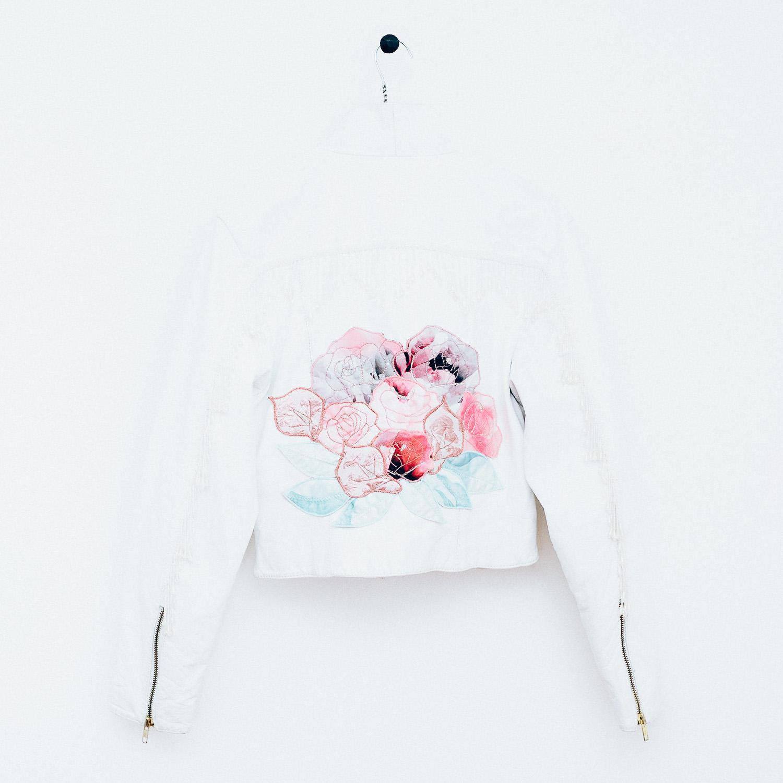 Esther_bridal jacket_a couple_pocket pocket_1.jpg