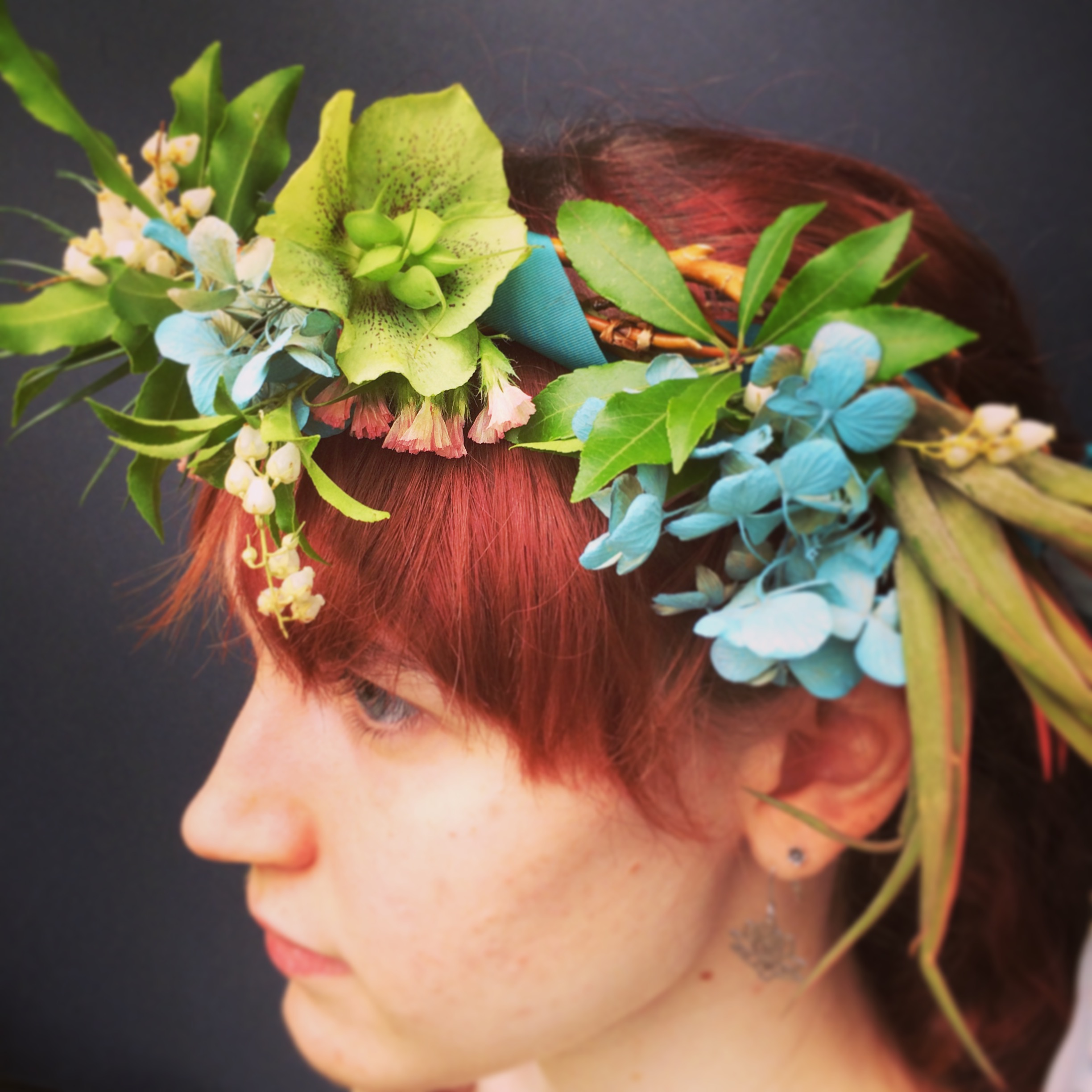 Floral headpiece with early spring flowers