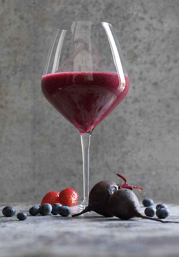 rød-juice-med-jordbær-og-rødbede