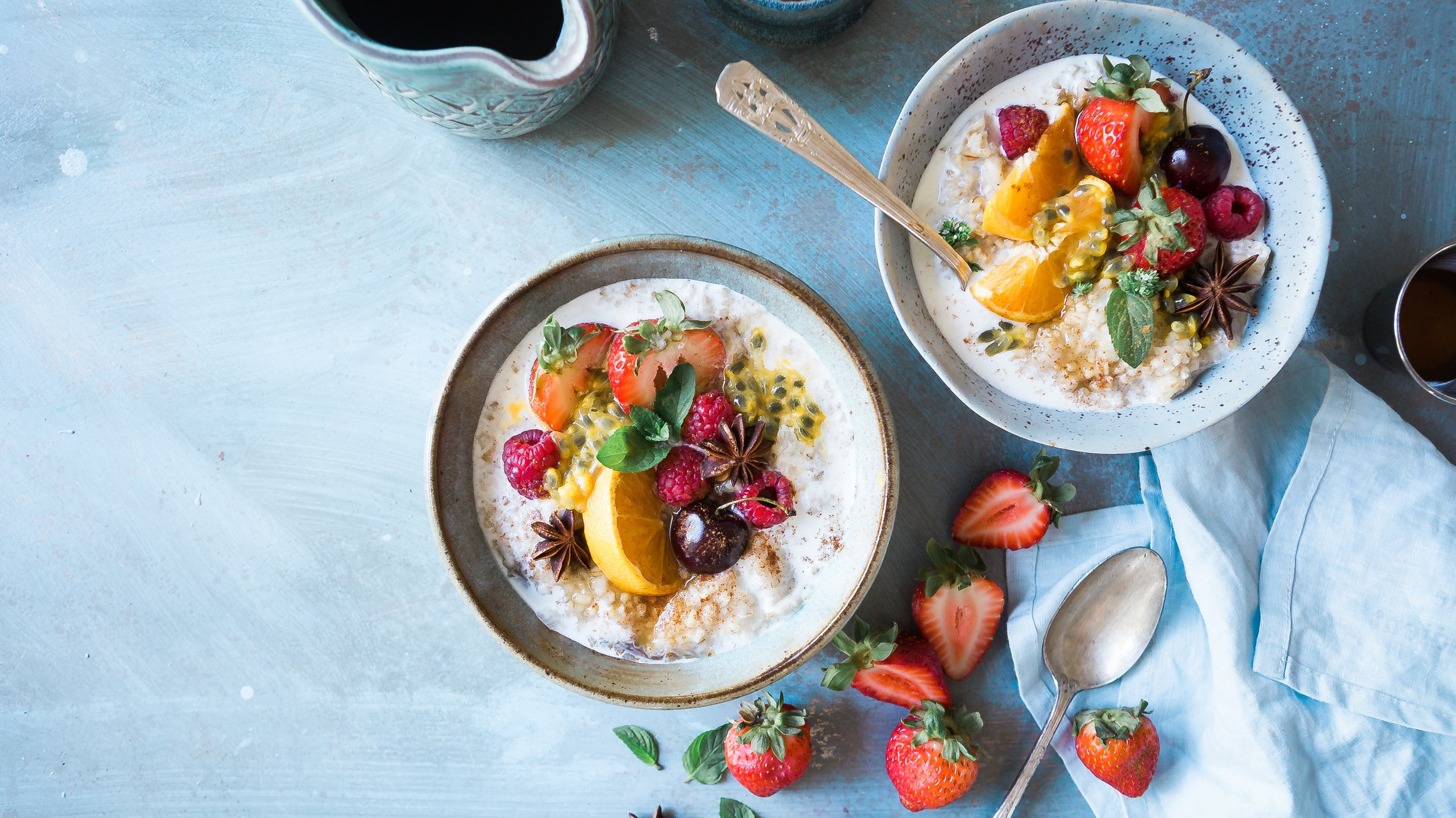 havregrød-med-topping-til-morgenmad