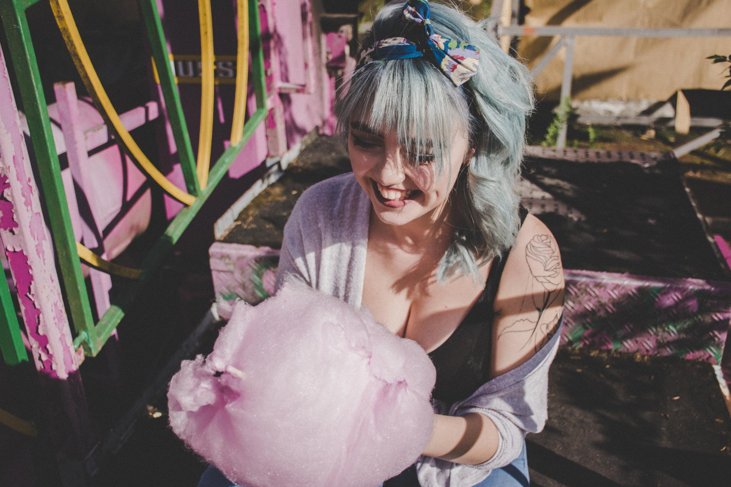 pige-spiser-candy-floss