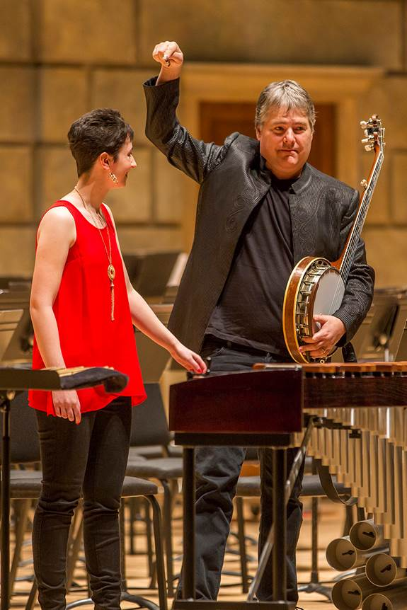 Béla Fleck & Colleen - Rochester, NY. Image by Dave Jones.