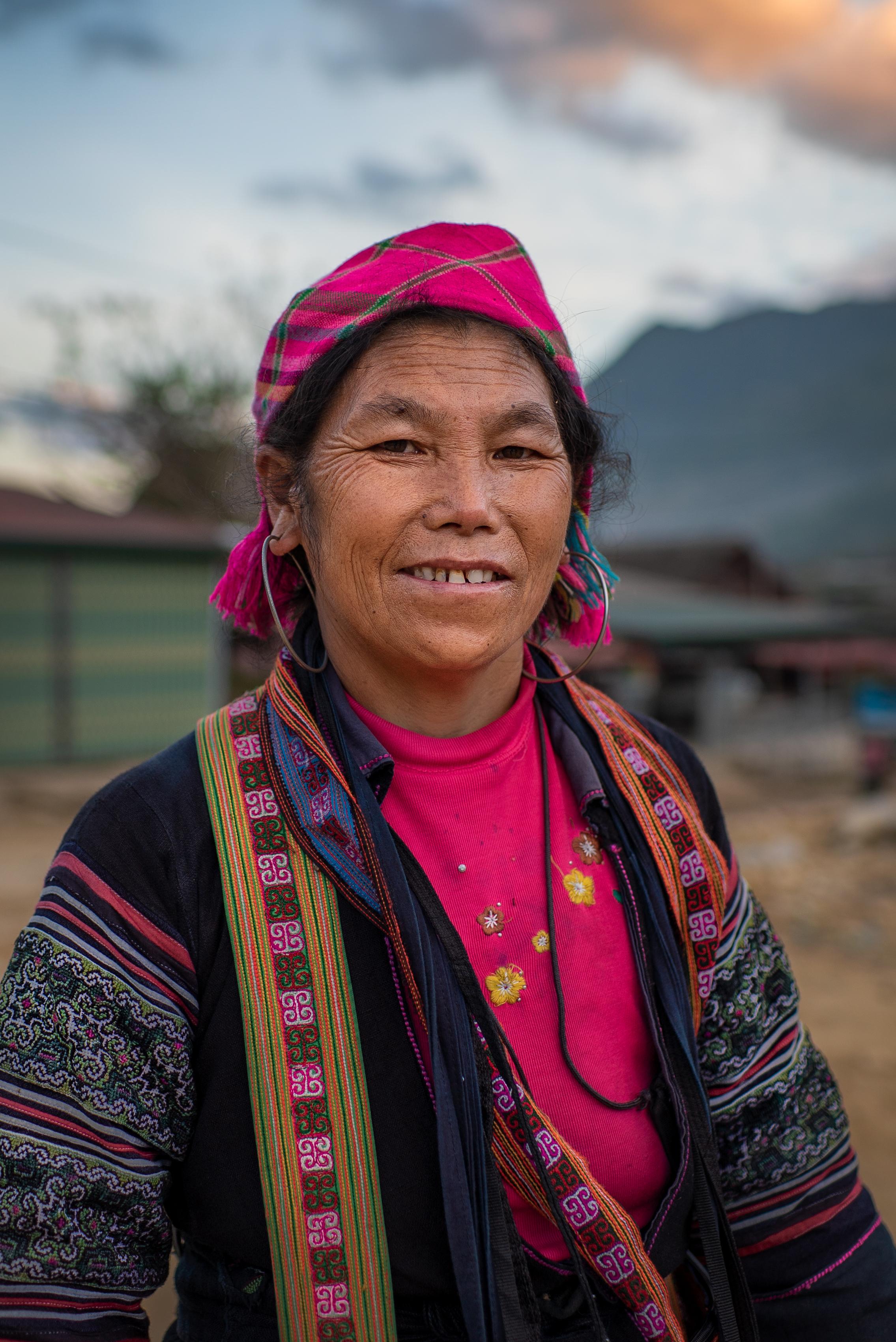 Black Hmong Tribal women