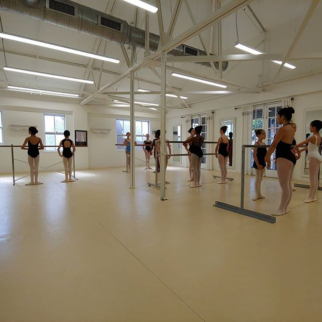 Summer intensive dancers starting Day 4, with guest teacher Caroline Rocher-Barnes.