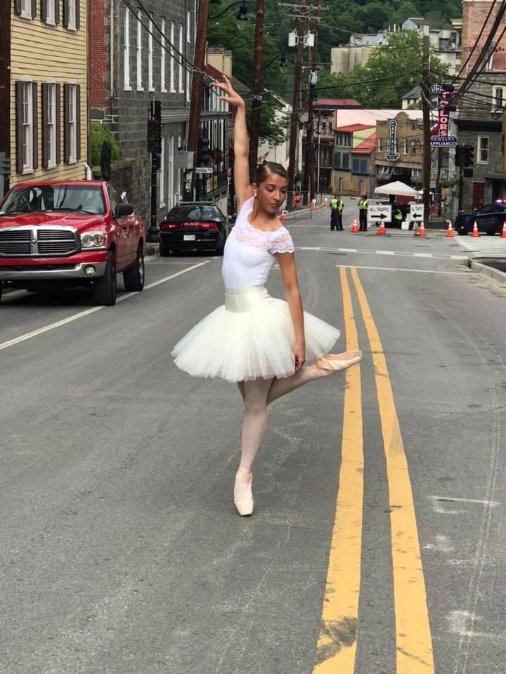 Photo by Donna Pidel  Dancer: BCXIV Alumna Brooke Sessler