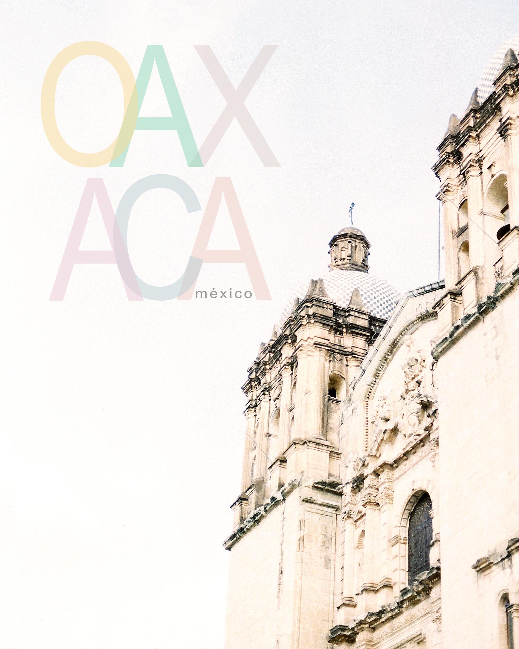 """- Un día me preguntaron, """"tú que hablas de muchas cosas, que es Oaxaca?"""" Le respondí, """"no lo sé. Pero lo que sí sé, es que soy orgulloso de ver nacido en Oaxaca, llena de sabor, historia y tradición. Ser Oaxaqueño es la más grande delicia del mundo, ser Oaxaqueño es mostrar tu tierra y de donde vienes."""" Como Oaxaca no hay dos. Oaxaca es cultura. Oaxaca es comida. Oaxaca es Mezcal. Oaxaca es mi tierra. Oaxaca es mi identidad. Oaxaca corre dentro mis venas. Pero más importante, Oaxaca es mi familia y mi hogar. Alguien dijo, """"un día salí de Oaxaca, pero Oaxaca, nunca salió de mi."""""""
