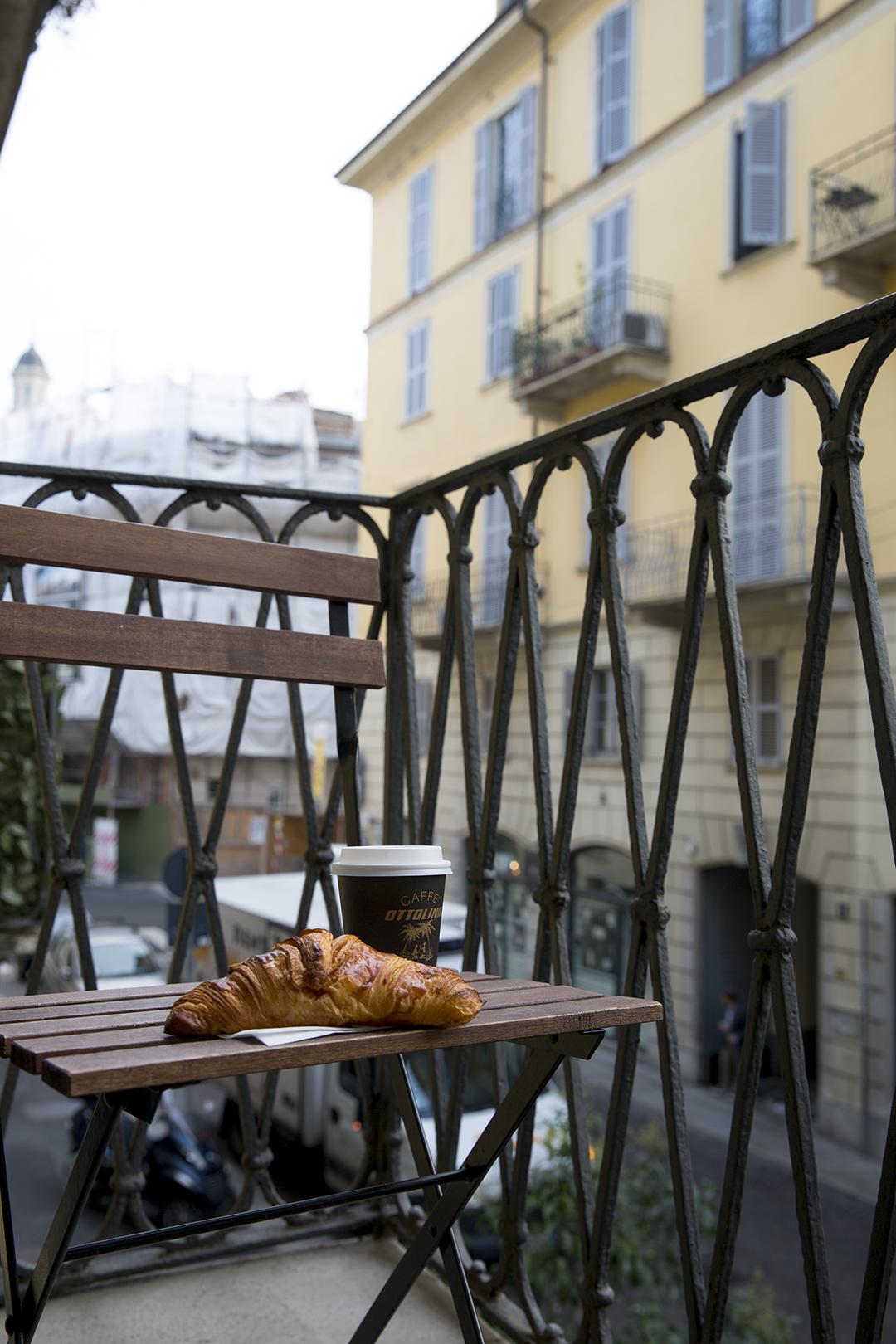 Coffee-croissant.jpg