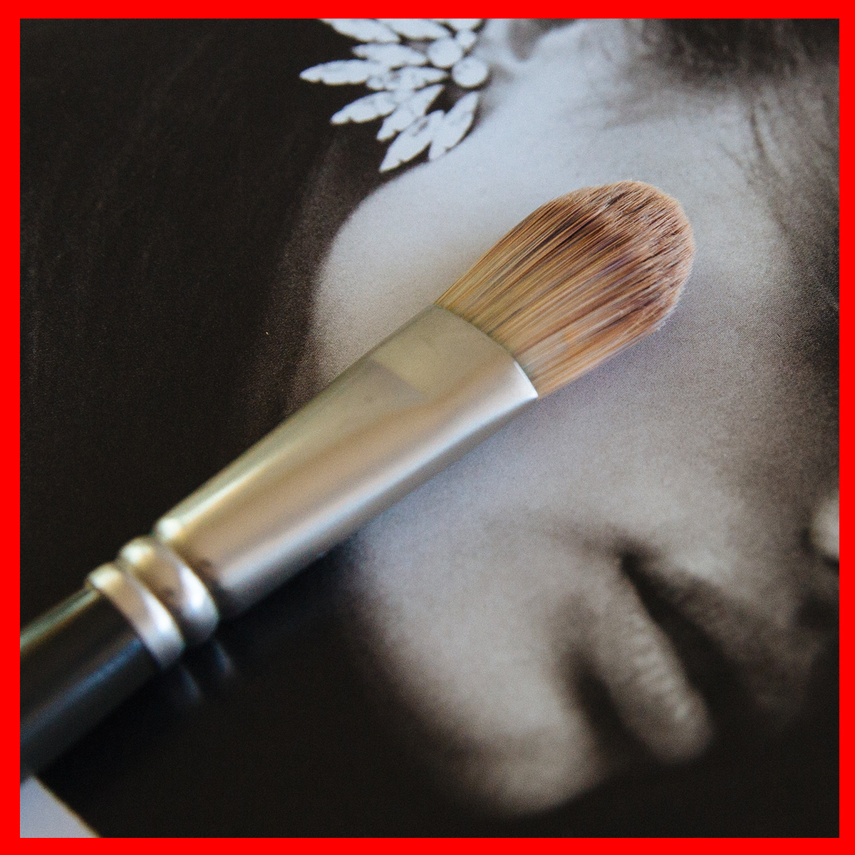 Stylesnooperdan-Beauty-Brushes-Foundation-brush-1.jpg