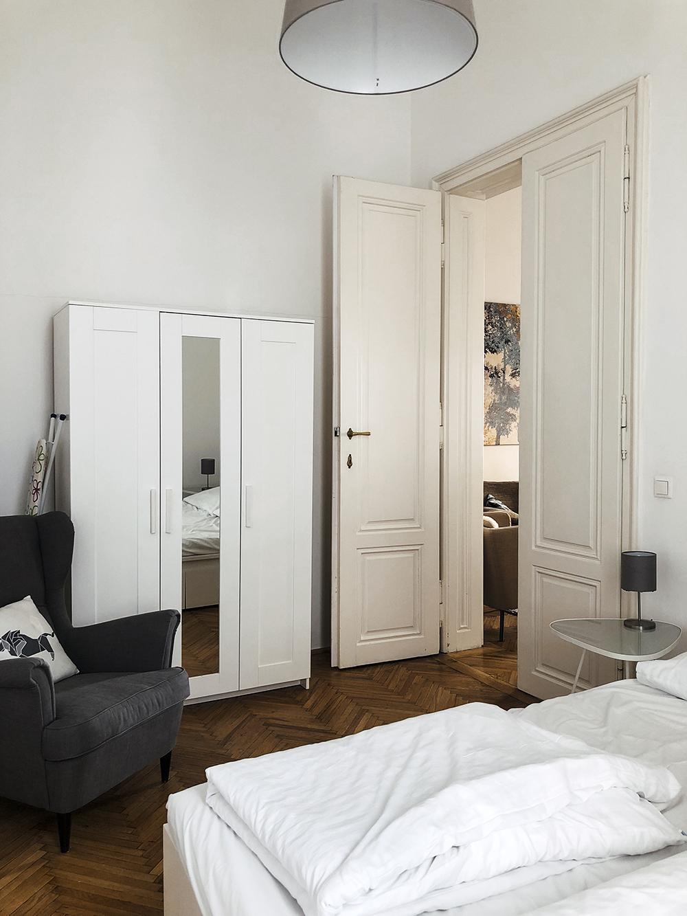 Vienna Apartment Stylesnooperdan 2.jpg