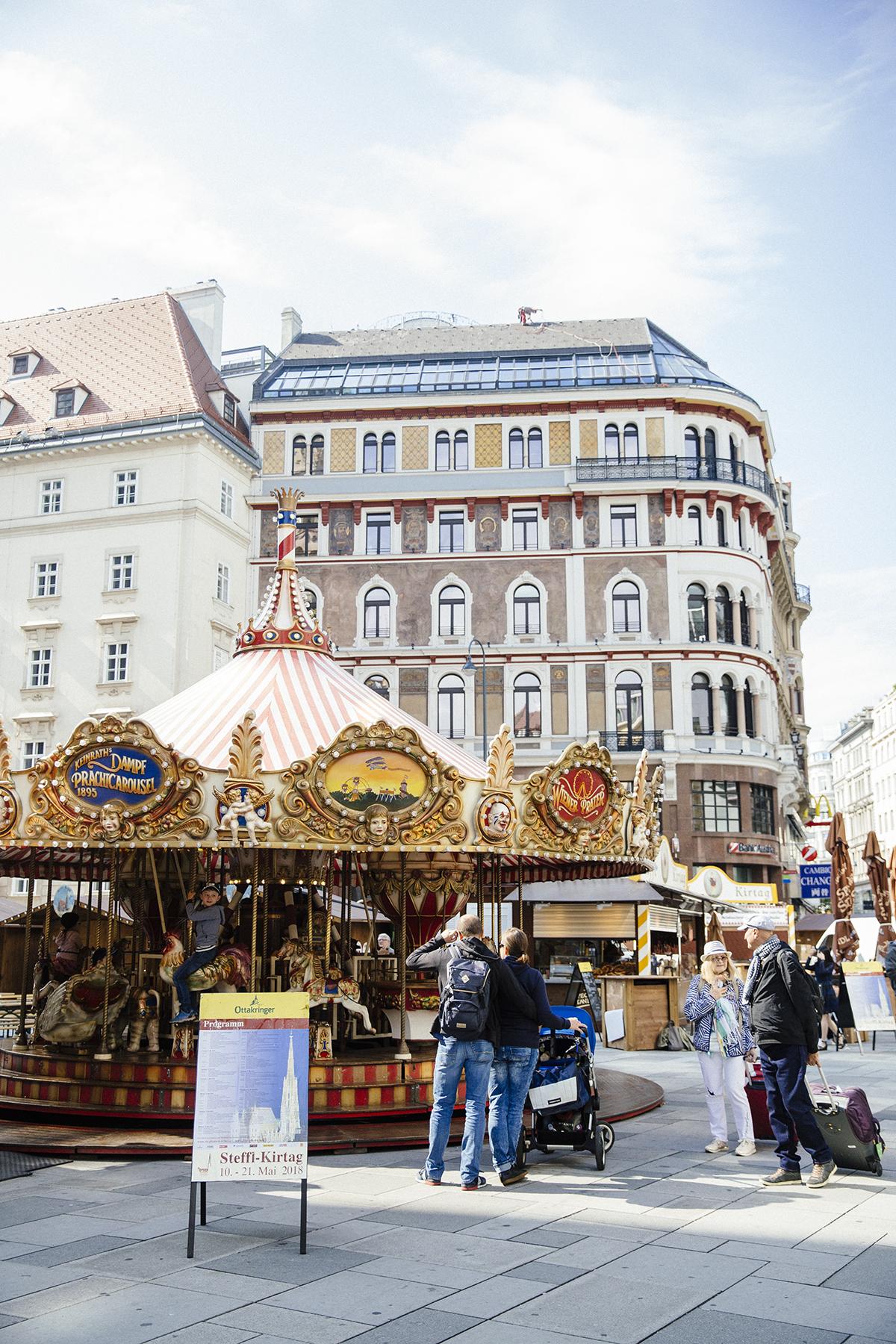 Carousel Stylesnooperdan Vienna.jpg