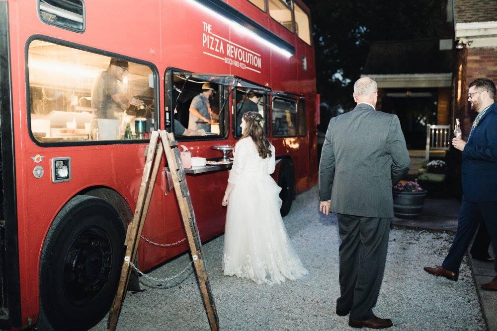 BridesbyYoung-RealBride-PlusSizeCurvyWeddingDress-JessicaRobert-10.jpg
