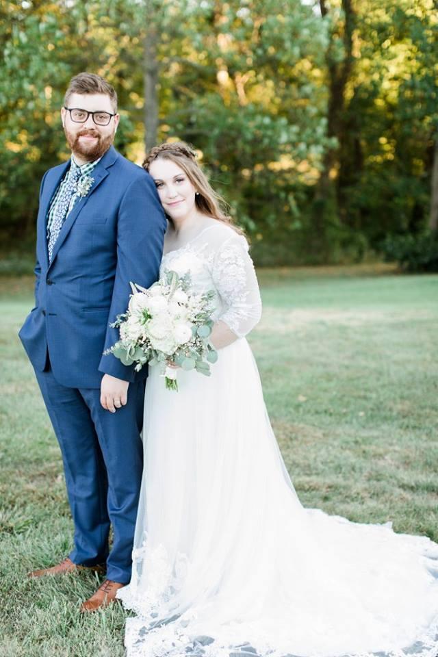 BridesbyYoung-RealBride-PlusSizeCurvyWeddingDress-JessicaRobert-2.jpg