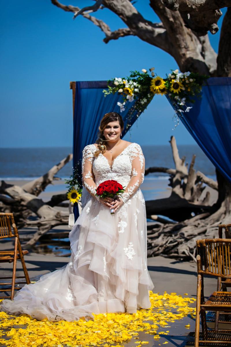 BridesbyYoung-RealBride-PlusSizeCurvyWeddingDress-MarissaJake-2.jpg