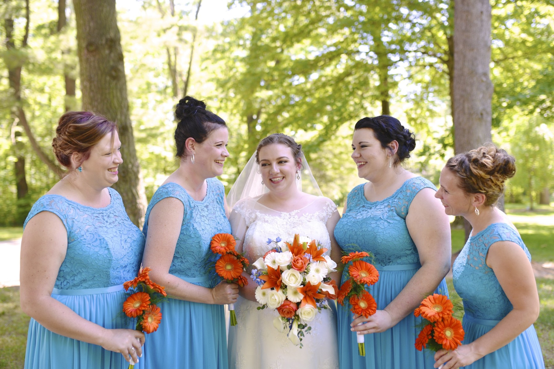 BridesbyYoung-RealBride-PlusSizeCurvyWeddingDress-MariyaChris-5.jpg
