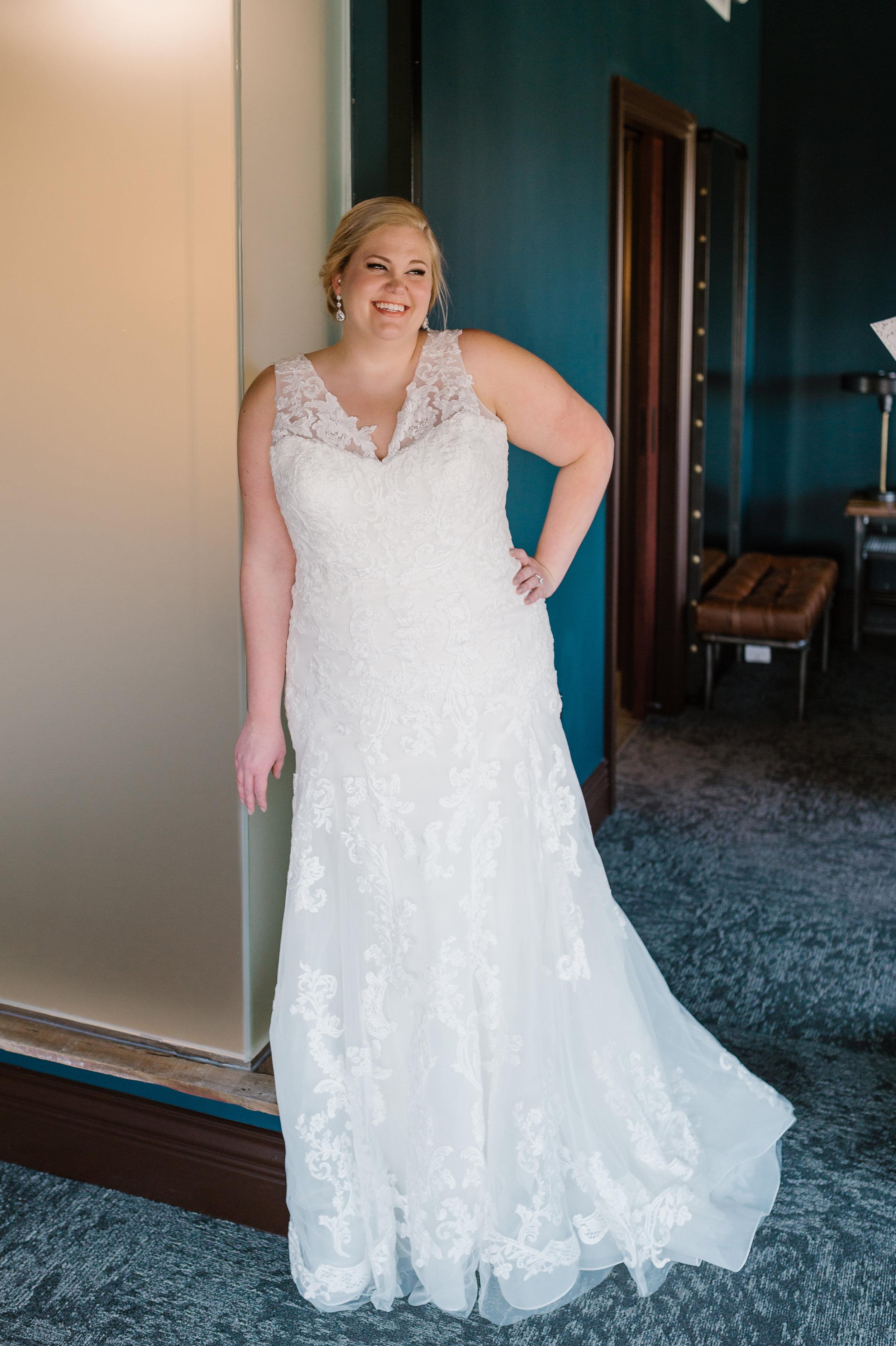 BridesbyYoung-IndianapolisIndianaSchaumburgChicagoIllinois-CurvyPlusSizeBridalStore-PrivateCollection-16.JPG