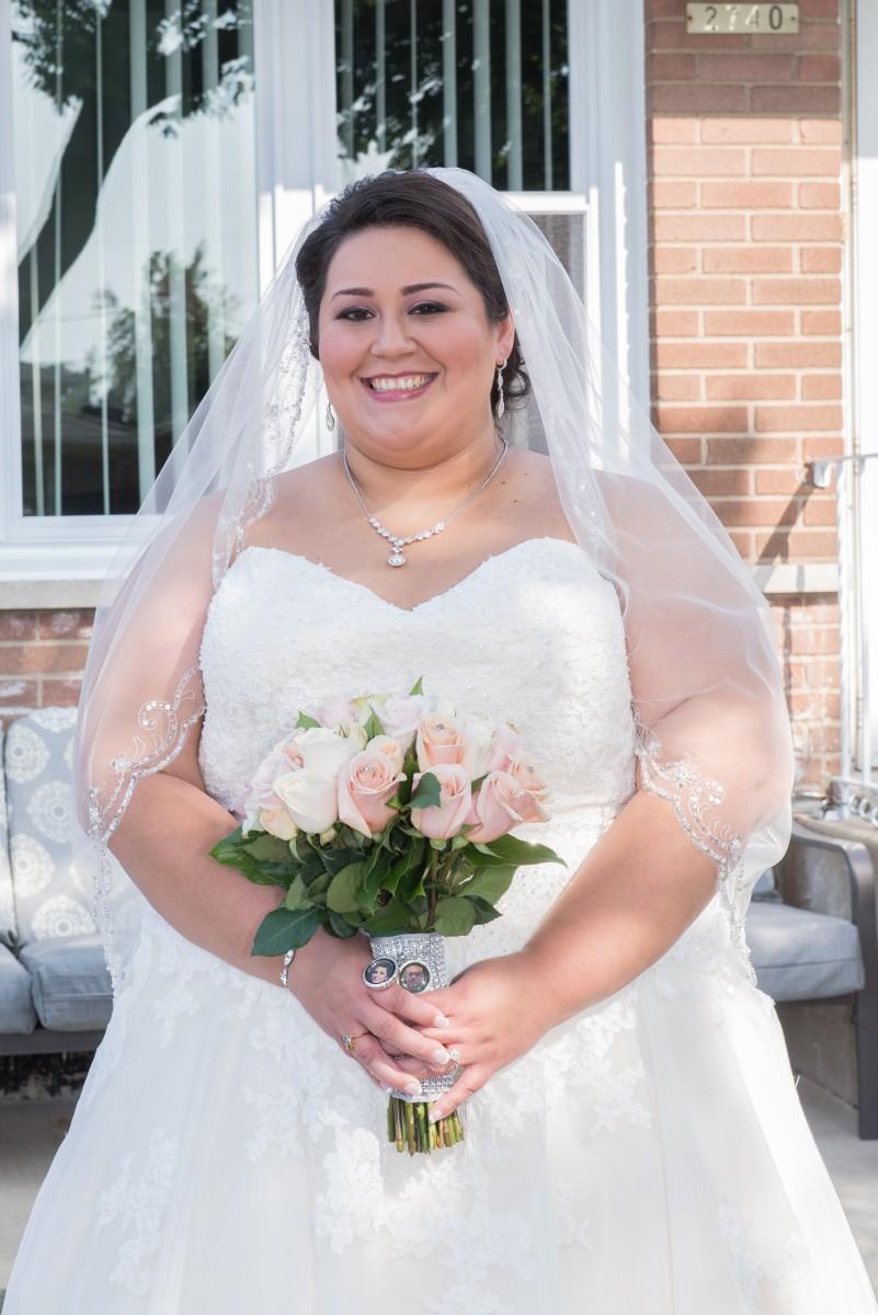 BridesbyYoung-RealBride-PlusSizeCurvyWeddingDress-MargieMichael-13.jpg