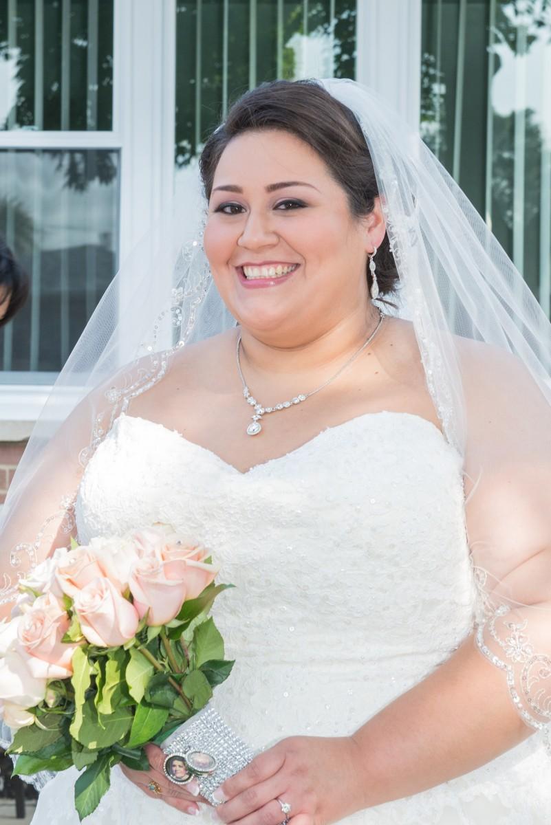 BridesbyYoung-RealBride-PlusSizeCurvyWeddingDress-MargieMichael-12.jpg