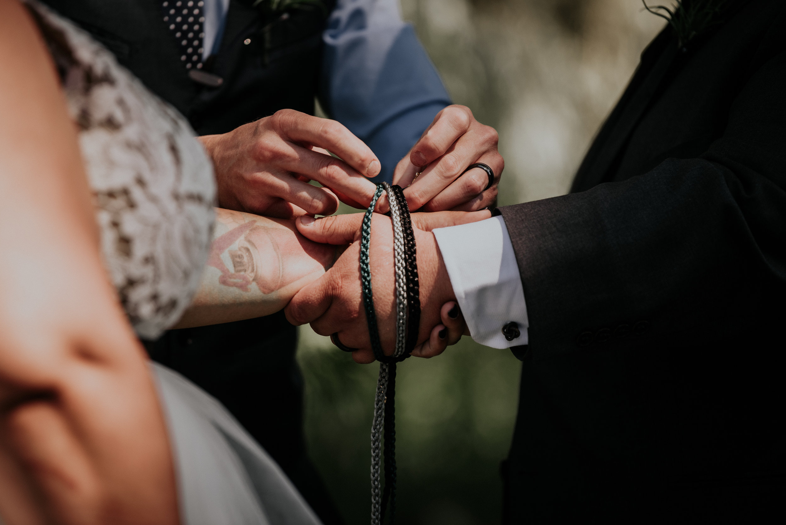BridesbyYoung-RealWedding-PlusSizeBridal-BillyCourtney-JurassicParkTheme-27.jpg