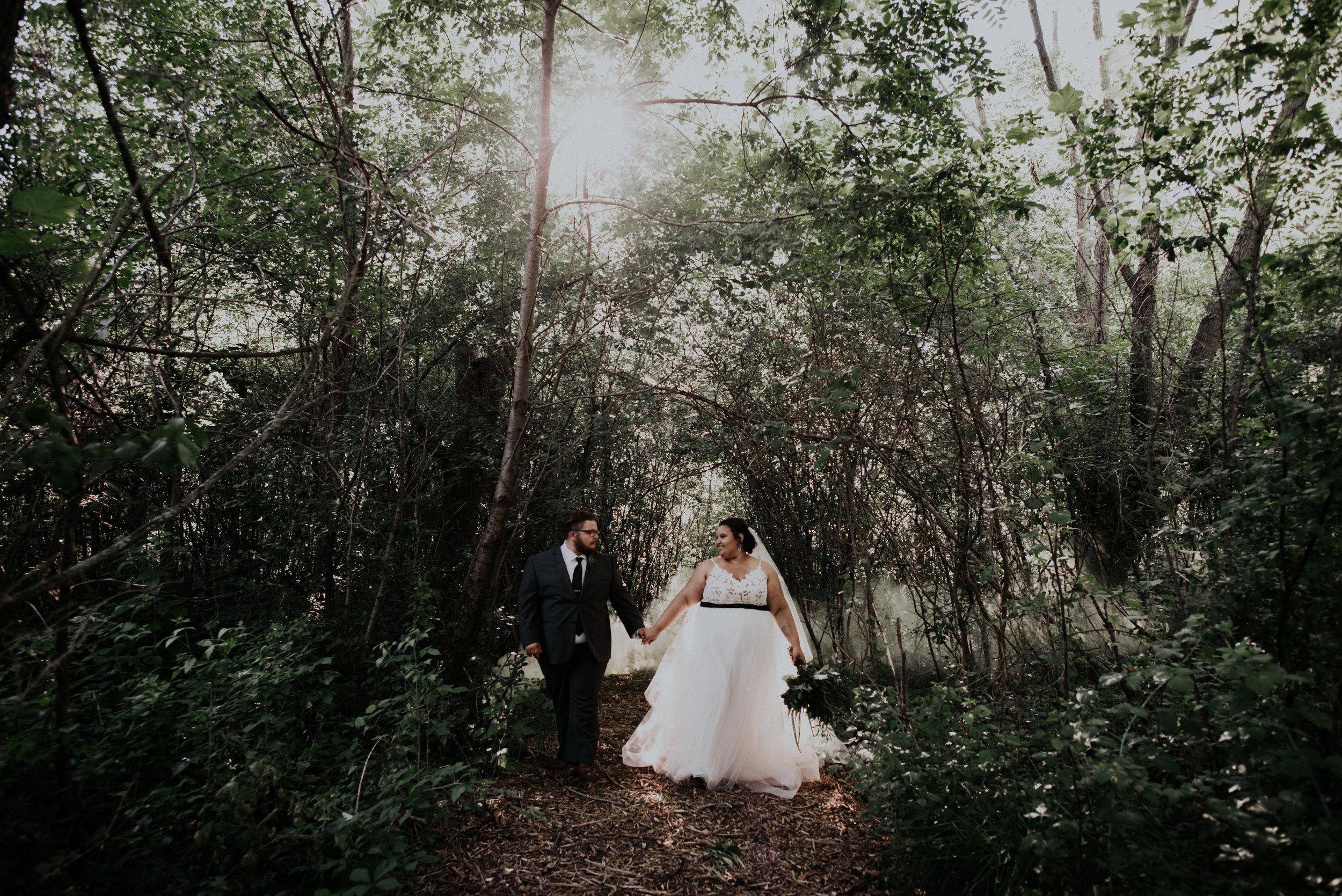 BridesbyYoung-RealWedding-PlusSizeBridal-BillyCourtney-JurassicParkTheme-41.jpg