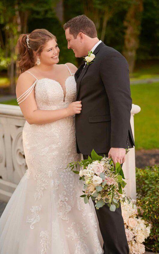 BridesbyYoung-IndianapolisIndianaSchaumburgChicagoIllinoisParamusNewJerseyNewYorkPennsylvania-CurvyPlusSizeBridalStore-StellaYork-6743.jpg