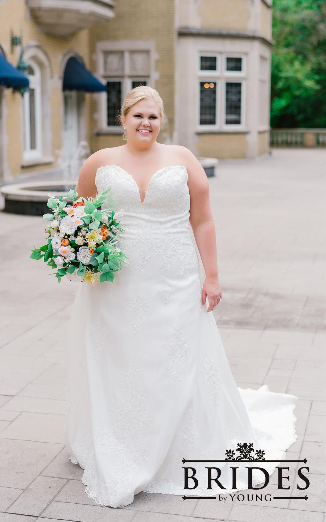 BridesbyYoung-2020Collection-PlusSizeBridalBoutique-CurvyWeddingDressInspiration-206.jpg