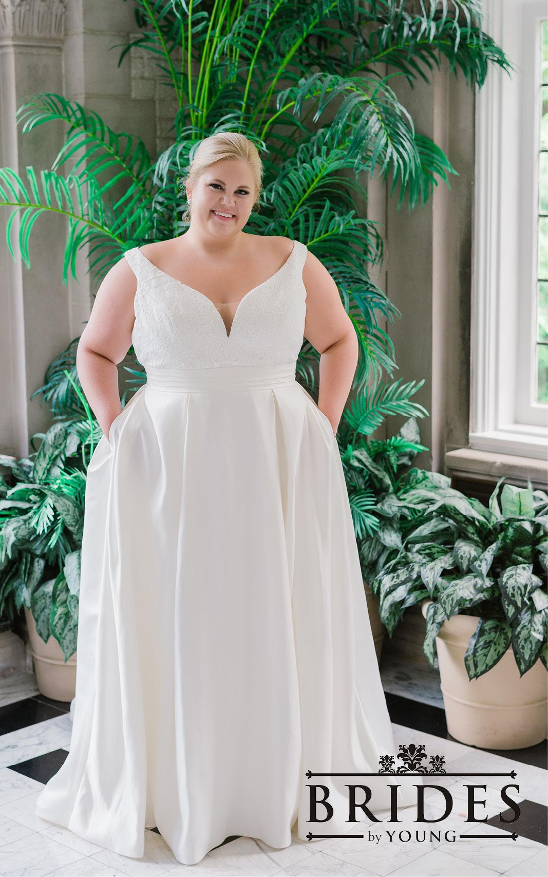 BridesbyYoung-2020Collection-PlusSizeBridalBoutique-CurvyWeddingDressInspiration-168.jpg