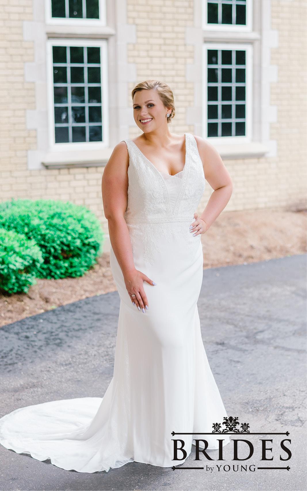 BridesbyYoung-2020Collection-PlusSizeBridalBoutique-CurvyWeddingDressInspiration-154.jpg
