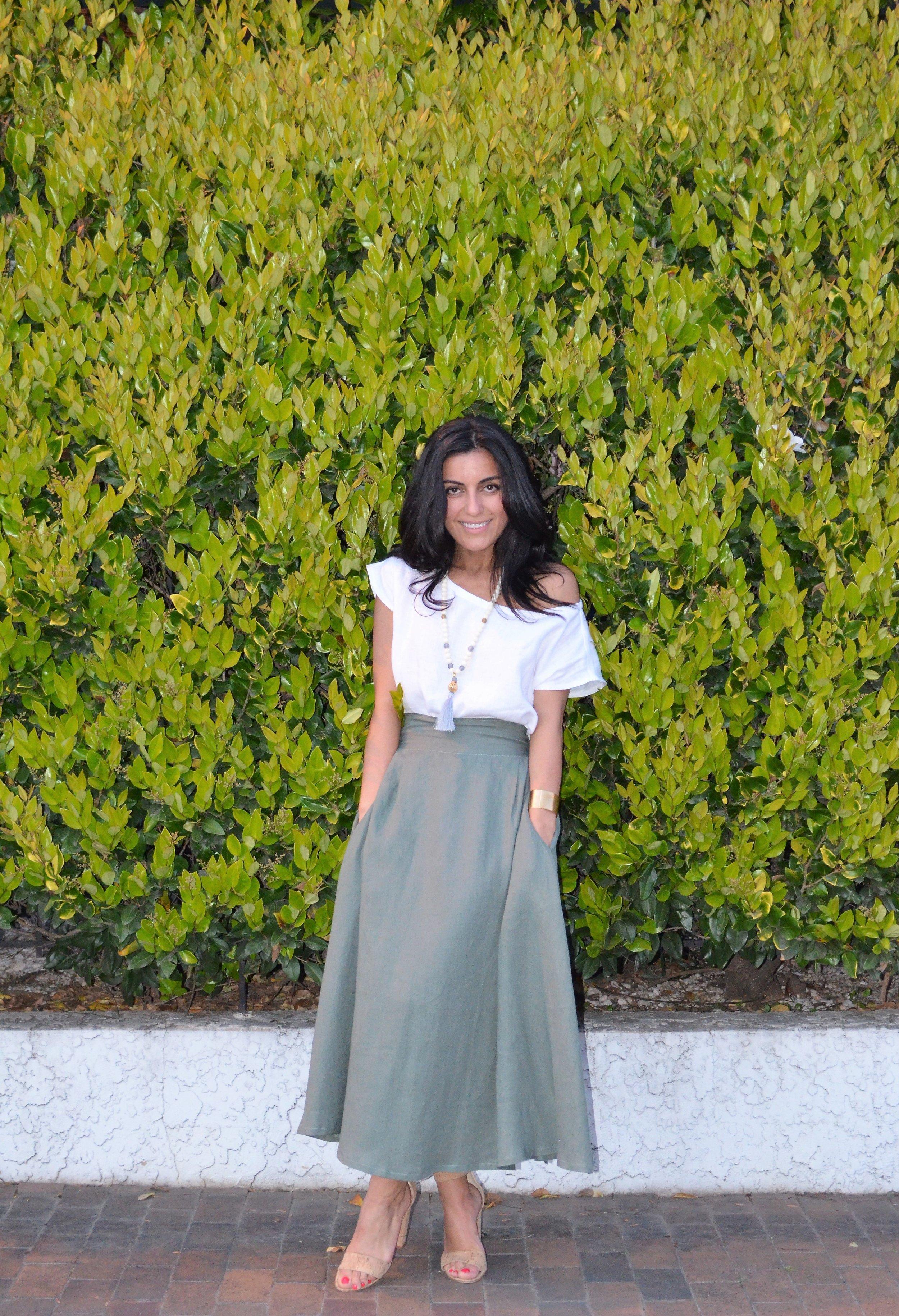 Green skirt (1).jpg