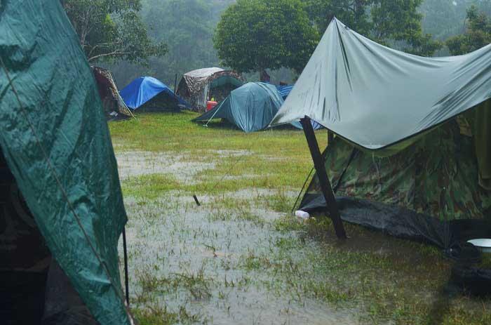 camping-in-the-rain-1.jpg