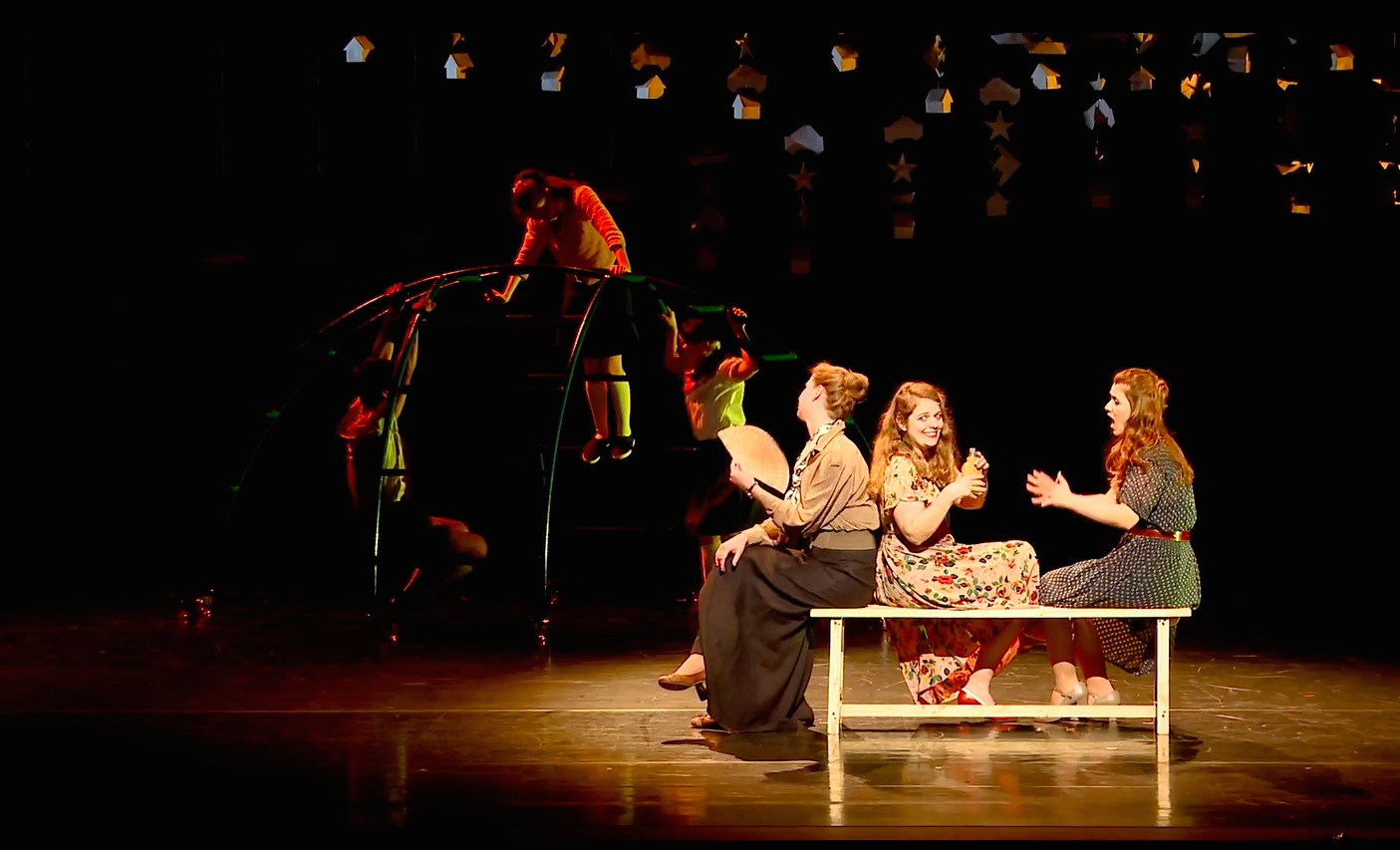 Image: Ellen Van Beek, Björk Níelsdóttir & Celine Purcell performing 'Question of Admonition' from 'Morning Blossoms'. October 11 2016, Theater De Spiegel, Zwolle.