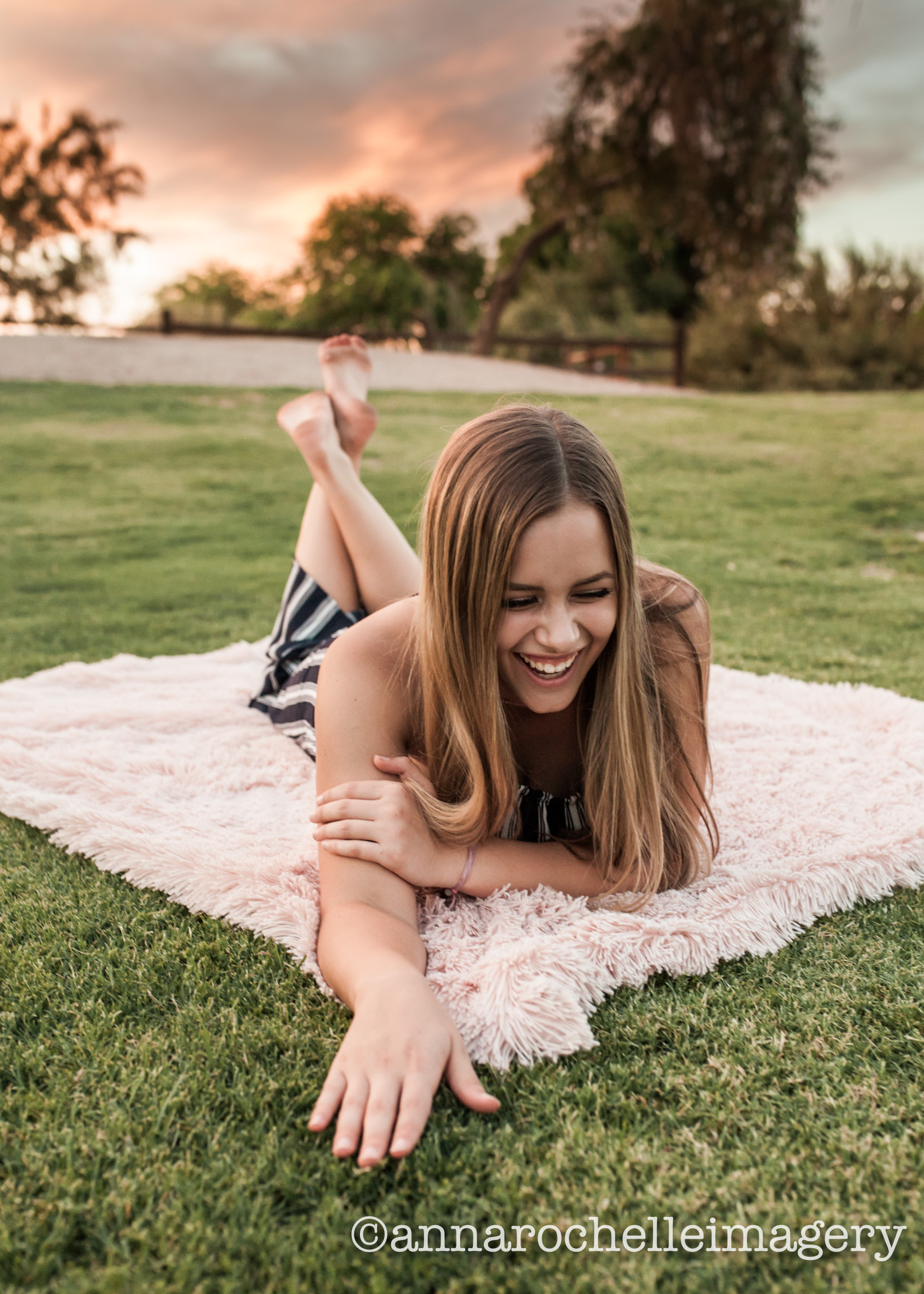 grass-pink-girl-senior-east-valley.jpg
