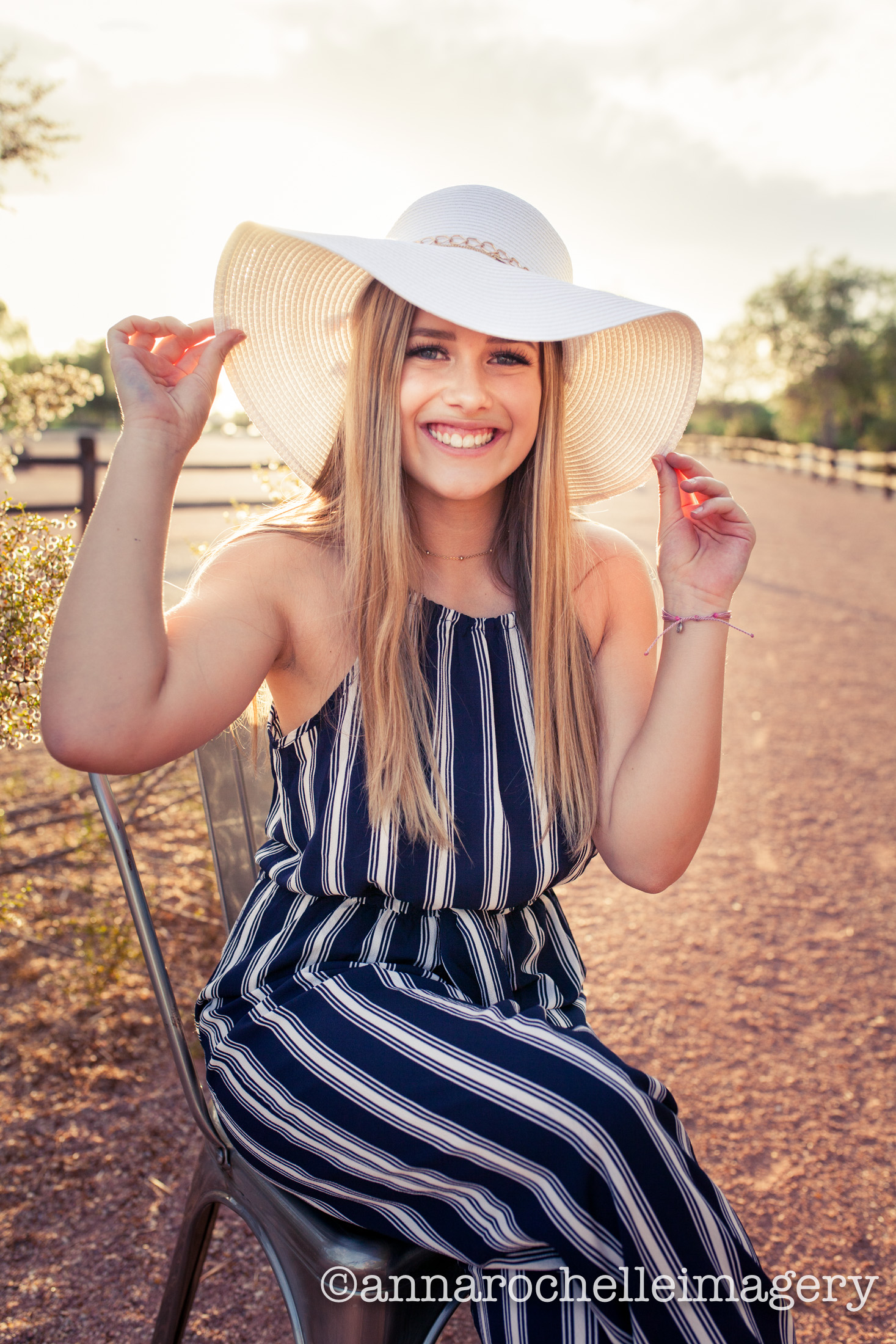 east-valley-girl-senior-hat-wash-anna-rochelle-imagery.jpg
