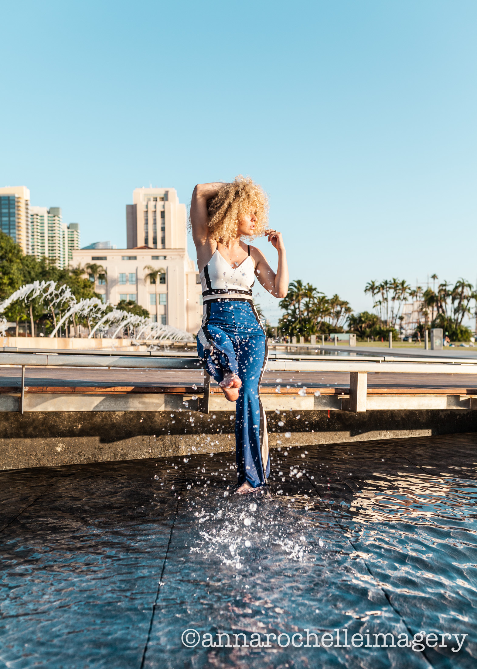 san-diego-waterfront-model-photographer-anna-rochelle-imagery.jpg