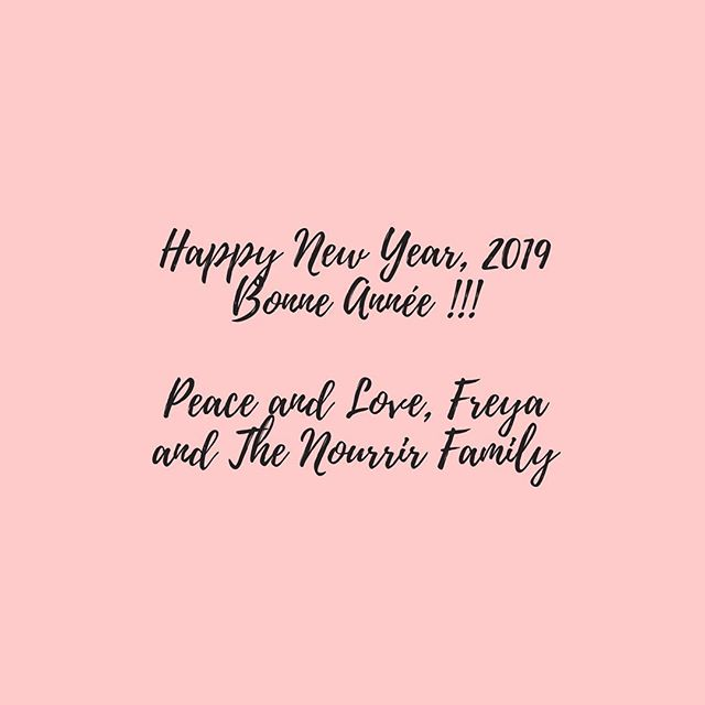 Happy New Year! Bonne Année ! . . . #newyear #2019 #bonneannee #fete #celebrate #newbeginning #nourrir #nourrirmag #magazine #freya