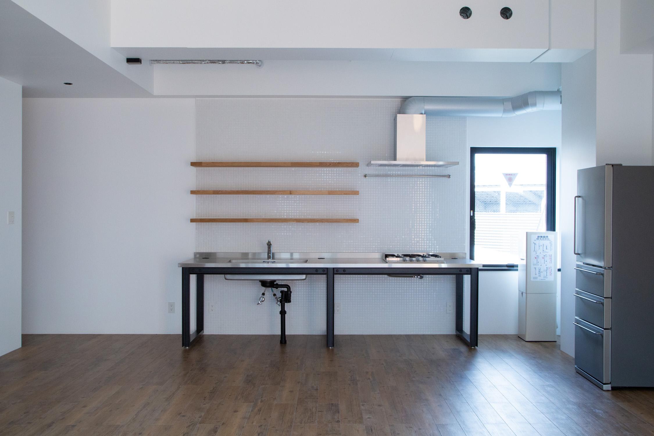 SPACE P - ライフスタイルをテーマにキッチンとバスルーム、リビングルームを完備