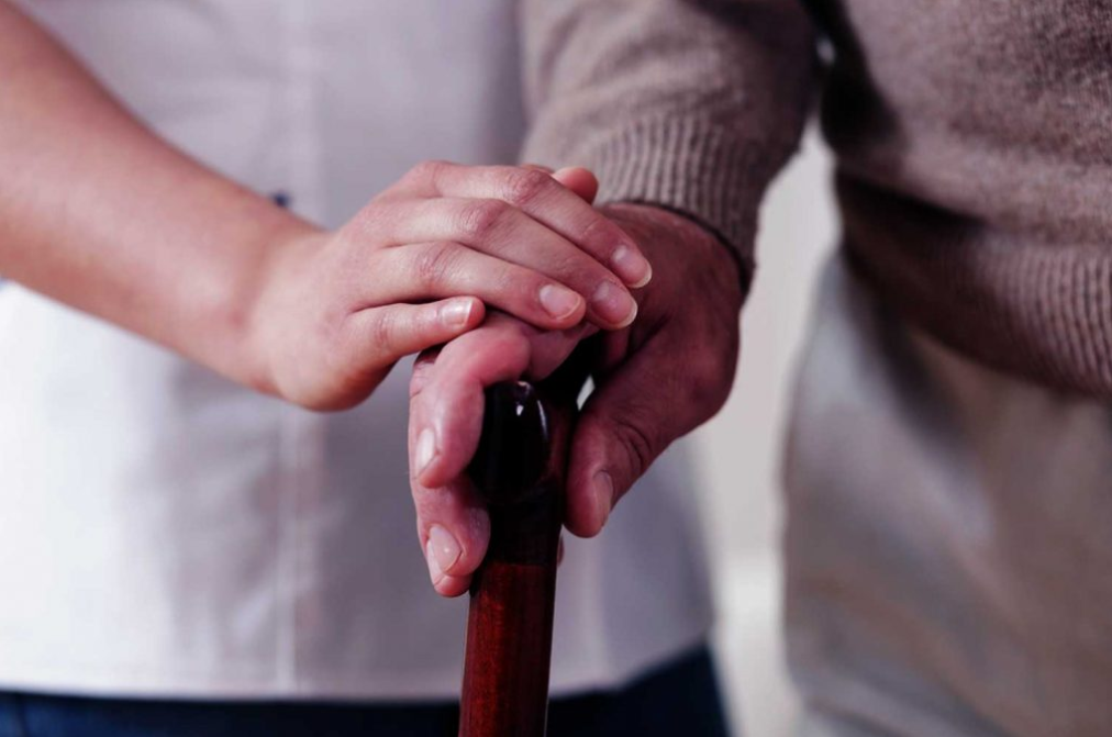 ELDERLY CARE MINISTRY - STWCC Elderly Care Outreach ministry believes that love conquers and heals all. We take the truth of God's Word and His love to the elderly at Joshua Tree Continuing Care Center and Desert Rose (in Twentynine Palms) once a month.