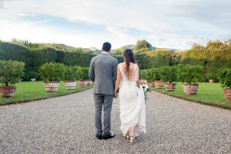 Tuscany-jewish-wedding-at-villa-grabau-in-lucca-Rhapsody-Road-Photography-Emma-Lambe-3.jpg