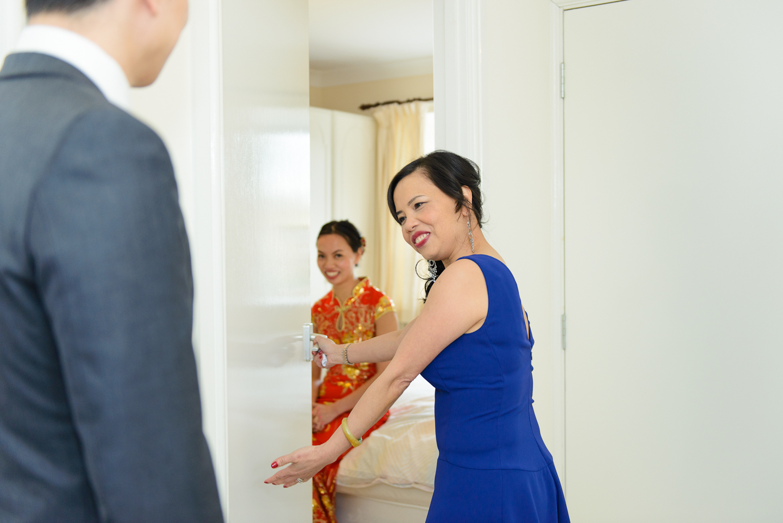 Chinese-Wedding-in-london-and-countryside-sonia-Xia-Chen-Hon-©-Rhapsody-Road-Photography-Emma-Lambe1-4.jpg