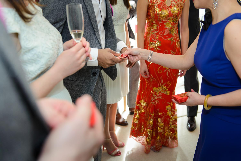 Chinese-Wedding-in-london-and-countryside-sonia-Xia-Chen-Hon-©-Rhapsody-Road-Photography-Emma-Lambe1-5.jpg