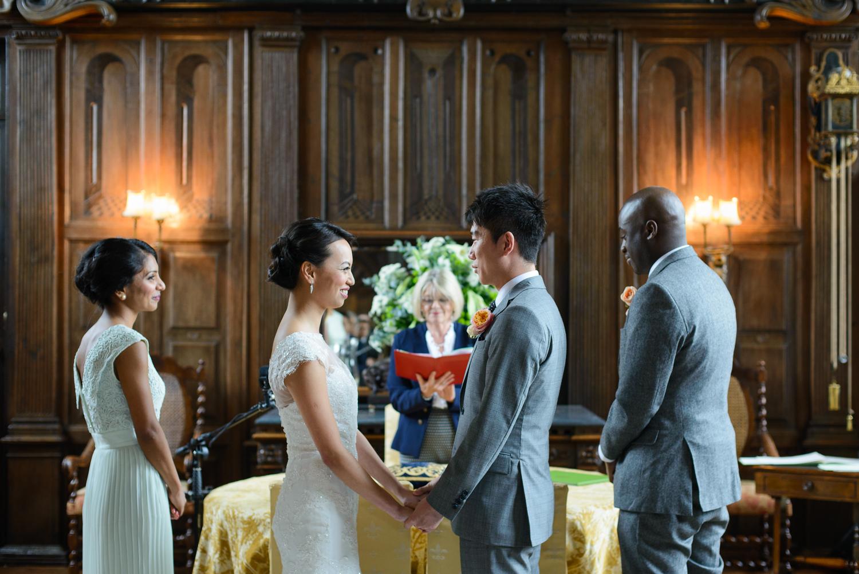 Chinese-Wedding-in-london-and-countryside-sonia-Xia-Chen-Hon-©-Rhapsody-Road-Photography-Emma-Lambe1-12.jpg