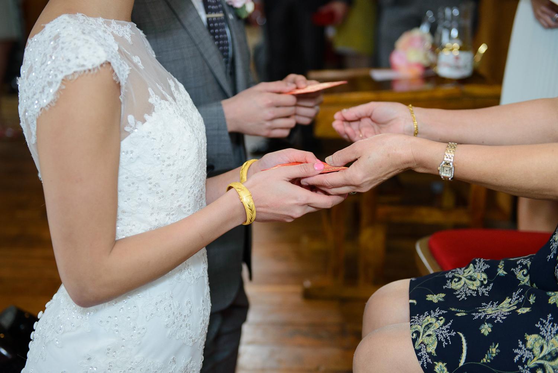 Chinese-Wedding-in-london-and-countryside-sonia-Xia-Chen-Hon-©-Rhapsody-Road-Photography-Emma-Lambe1-26.jpg