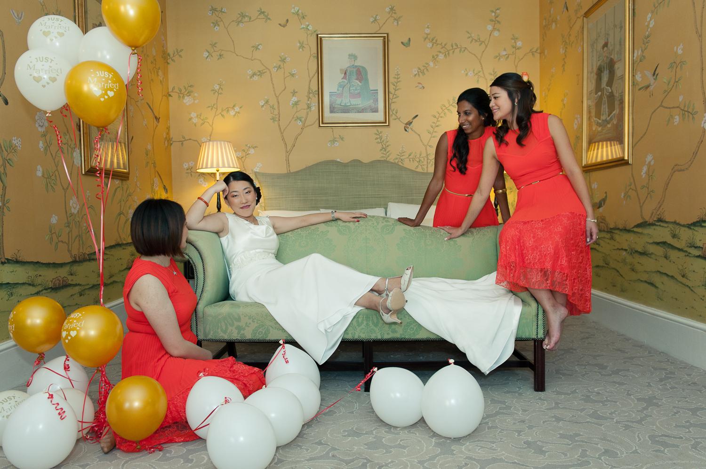 Chinese-Wedding-in-london-and-countryside-sonia-Xia-Chen-Hon-©-Rhapsody-Road-Photography-Emma-Lambe1-34.jpg