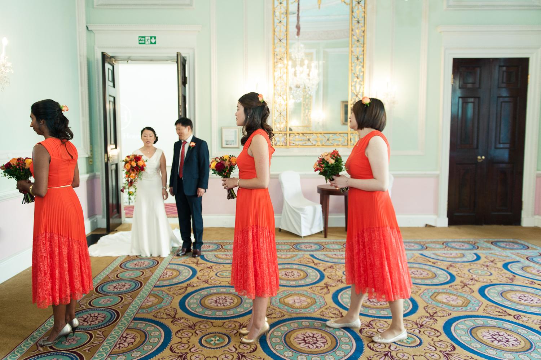 Chinese-Wedding-in-london-and-countryside-sonia-Xia-Chen-Hon-©-Rhapsody-Road-Photography-Emma-Lambe1-35.jpg
