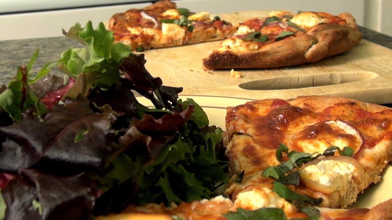 THV Skillet Pizza Still.png